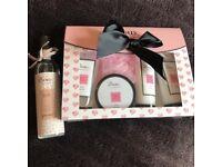 Boux Avenue perfect condition jasmine gift set & body spray- both sealed!!