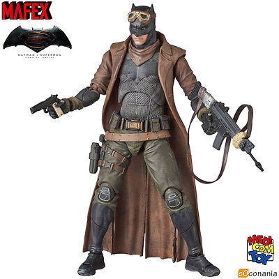 Mafex Knightmare Batman Dawn of Justice BvS No.031 Action Figure Medicom - NEW