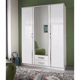 BRAND NEW !! STYLISH GERMAN HIGH GLOSS WARDROBE IN BLACK WHITE COLOUR