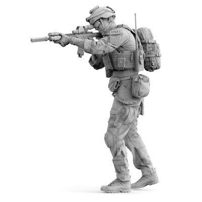 1/35 Unpainted Resin figure Model U.S. Army Soldier Model Modern military 315