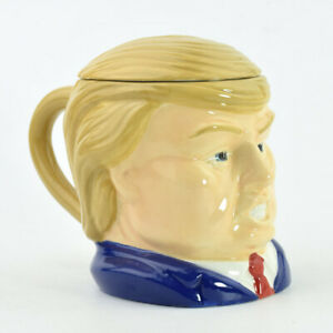 16oz Donald Trump head coffee mug with toupe cover