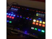 DJ DECKS TRAKTOR S5 NI Native Instruments