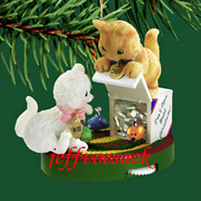 Merry Mischief   (Cats) 2004 Carlton Cards Ornament