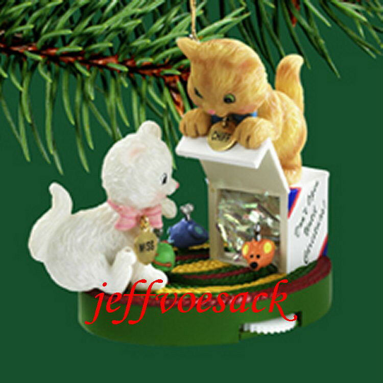 Merry Mischief   (Cats) 2004 Carlton Cards Ornament #78L