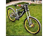 Downhill bike!! Banshee scythe