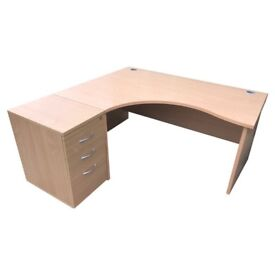 USED EXECUTIVE OFFICE DESKS. 7!AVAILABLE. FREE FAST DELIVERY