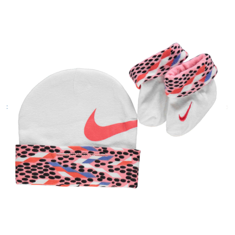 Ensemble bonnet + chaussons NIKE