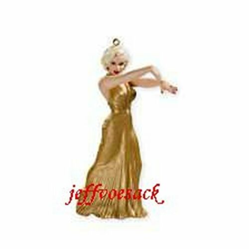 Marilyn Monroe in Gold  2008 Carlton Cards Ornament #103T