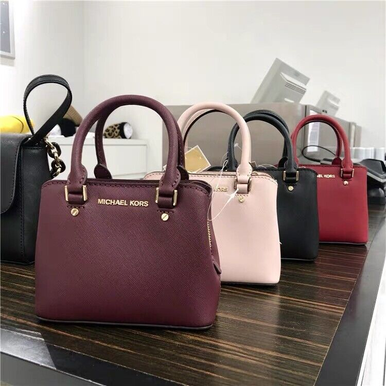 NWT Michael Kors Mini Savannah Giftables Crossbody Bag Handb