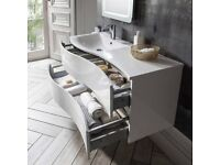 Svelte 1200mm Basin and Unit in Gloss White.