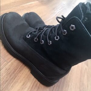 Timberlands women's winter boots size 6 1/2