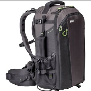 Mindshift gear firstlight 30L DSLR camera backpack Like new!