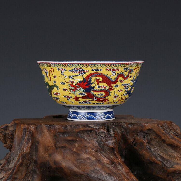 Chinese Qing Qianlong old antique Porcelain famille rose dragon tea cup bowl
