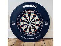 Winmau Blade 4 Dartboard & Surround