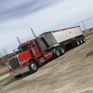 2014 Peterbilt 389 Day Cab with wet kit