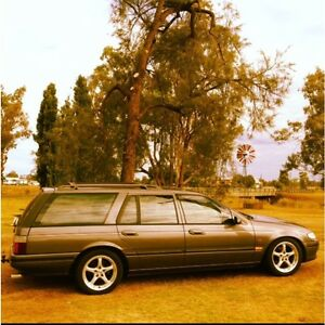 Factory V8 auto. Ef Falcon wagon Culcairn Greater Hume Area Preview