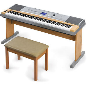 Yamaha DGX-620 - Piano, Synth and more / et plus!!