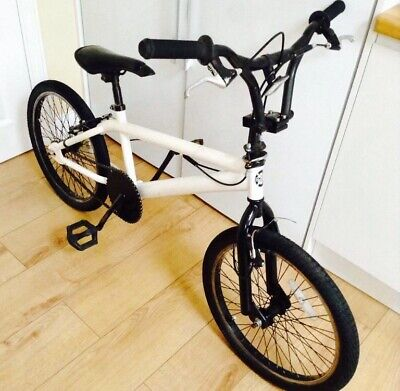 Boys BMX Bike  12 + years    - Good Condiction - Collection Only