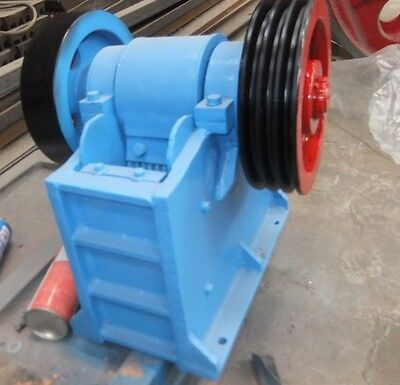 New 60 X 100 2.4x4 Universal Jaw Crusher With 2hp Motor Free Ship By Sea