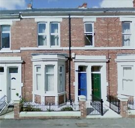 Fanstastic Three bedroom first floor flat in Westbourne Avenue, Bensham, Gateshead