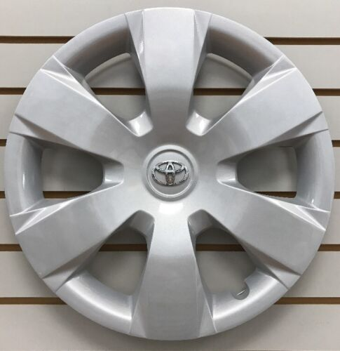 Used 2007 Toyota Camry Hub Caps For Sale