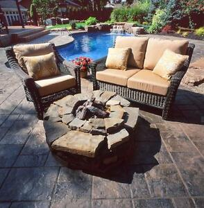 Fine outdoor and patio furniture warehouse clearance for Outdoor furniture kijiji