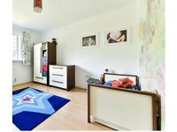 Complete nursery furniture set - VGC - izziwotnot