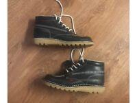 Size 8 male kicker boots