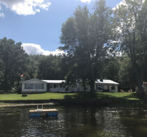 Stoco Lake Waterfront Cottage Rental - July 7 to 14 - Sleeps 10