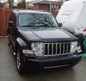 2008 Jeep Liberty 4x4 LOW KM