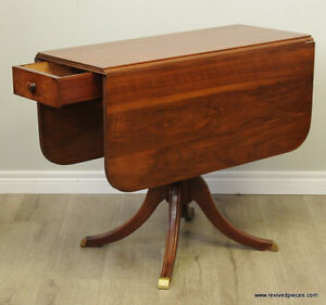 Antique Duncan Phyfe Drop Leaf Hall Occasional Table