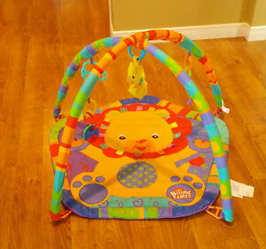 play mat- bright starts