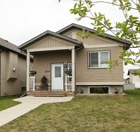 Great 4 Bedroom Family home in Westpointe Pinnacle Area
