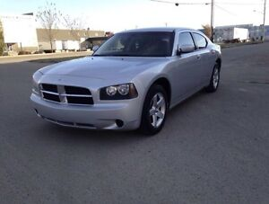 2010 Dodge Charger -- Low Kilometers