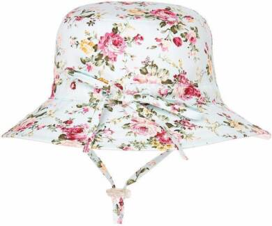 Brand New  Toshi Bell Hat Girl Pretty Aqua Sun hat size Small