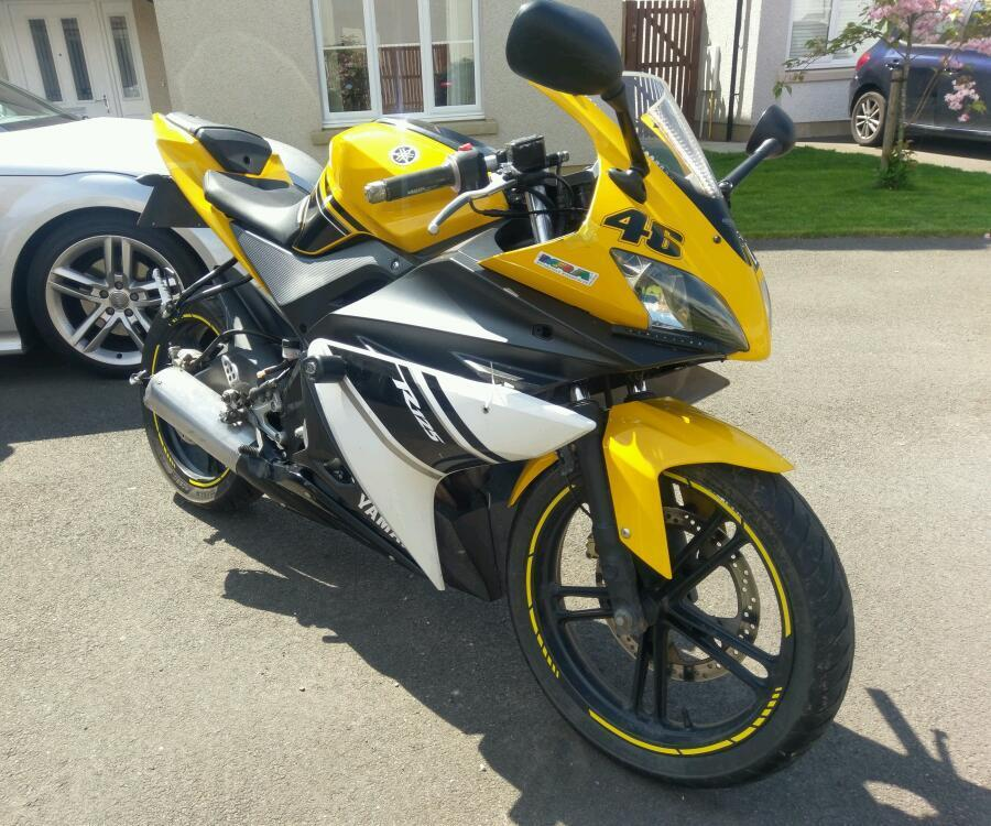 sold yamaha yzf r125 yellow special edition rare in. Black Bedroom Furniture Sets. Home Design Ideas
