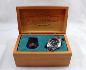 NIB Men's Field & Stream Stainless Steel Quartz Wristwatch & Keyring Set