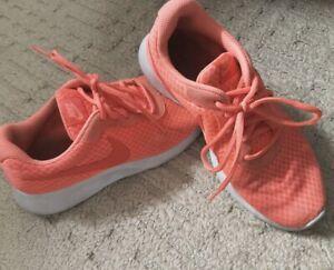 Souliers Nike Femmes tout usage