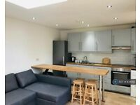 1 bedroom in St. Pauls Street North, Cheltenham, GL50 (#834993)