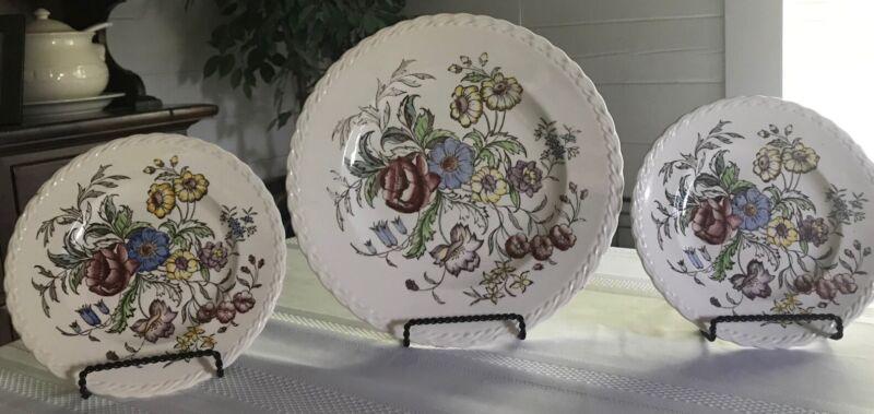 Vernon Kilns Of California Set Of 3 Hand-Painted Under Glaze Plates