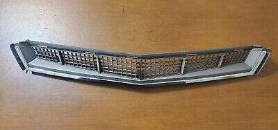 CADILLAC CTS AWD 2008-2013 OEM FRONT BUMPER LOWER VENT TRIM GRILL GRILLE