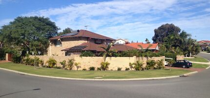 2 x rooms to rent in this spacious 2 story fully furnished house Carine Stirling Area Preview
