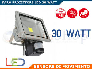 FARO-FARETTO-A-LED-30-WATT-CON-SENSORE-MOVIMENTO-ALTA-LUMINOSITA-IP65-ESTERNO