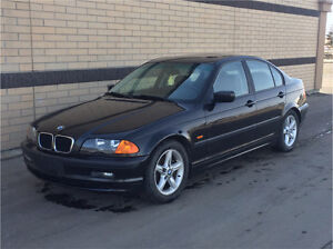 FOR SALE 2000 BMW 323i - LOW KMS