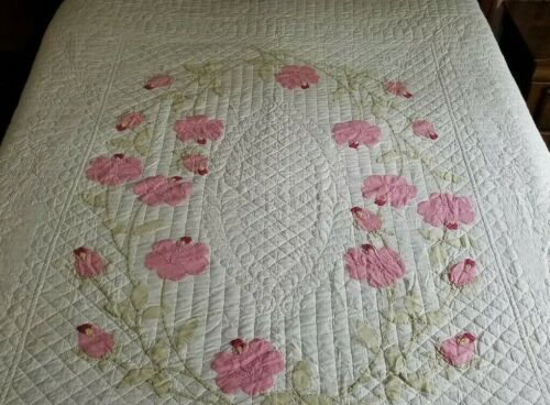 Gorgeous! Vintage Cottage Pink White Applique Rose QUILT 86x76, Expertly Quilted