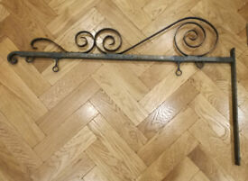 OLD WROUGHT IRON SCROLLED SIGN HANGING BRACKET B&B, pub, guesthouse, shop etc + wooden frame