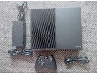 Xbox One Console 1TB, excellent condition + Play & Charge kit