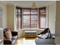 3 bedroom flat in Sirdar Road, Southampton, SO17 (3 bed) (#1037660)