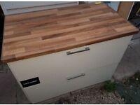 Kitchen cabinets + Worktop