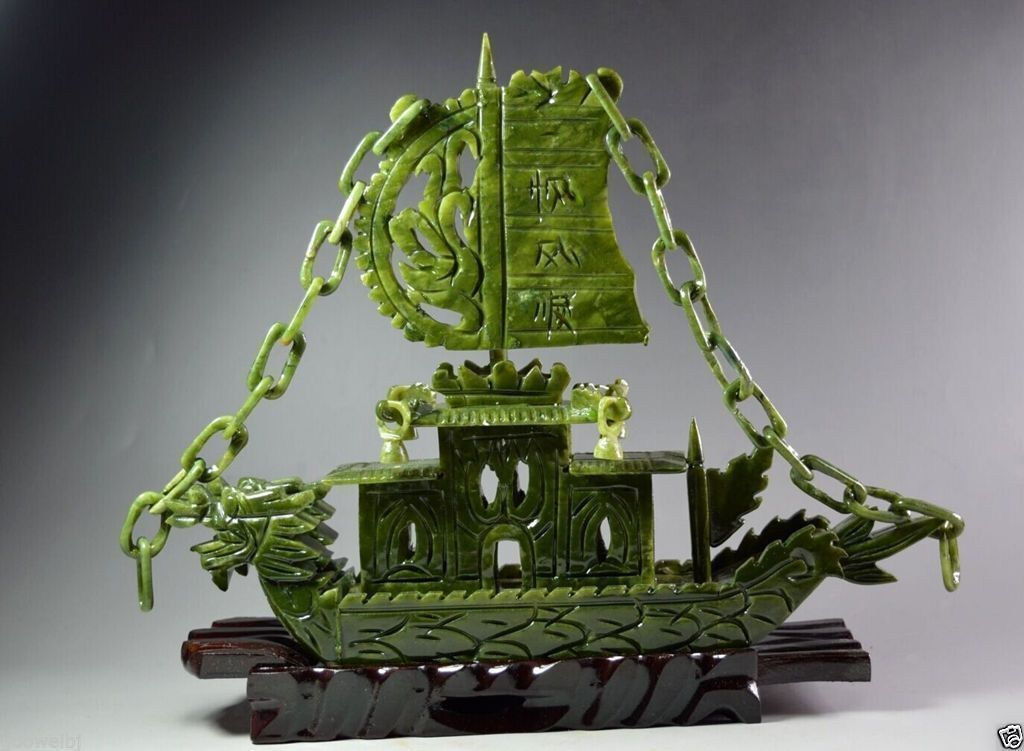 Chinese Hand Carved 100/% Natural Jade Dragon statue Dragon Boat